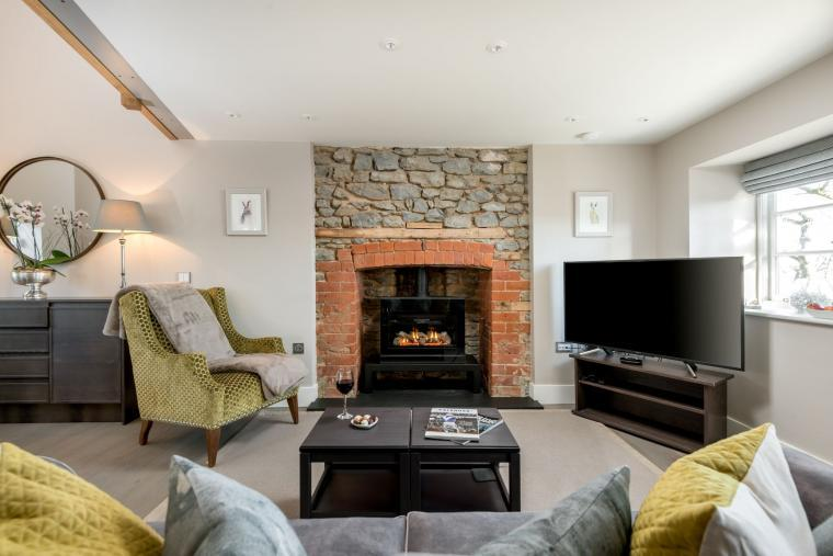 Sleeps 2, Beautiful, Modern Cottage with Original features, Ideal for Couples in fantastic Herefordshire countryside, Herefordshire, Photo 1