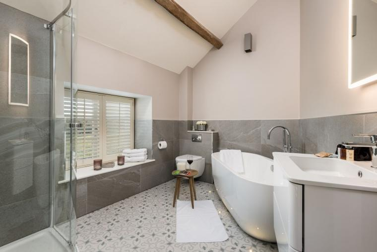 Sleeps 2, Beautiful, Modern Cottage with Original features, Ideal for Couples in fantastic Herefordshire countryside, Herefordshire, Photo 7