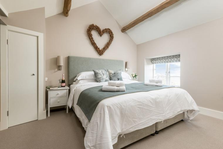 Sleeps 2, Beautiful, Modern Cottage with Original features, Ideal for Couples in fantastic Herefordshire countryside, Herefordshire, Photo 3
