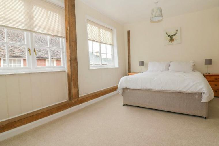 Bedroom accommodation, Ropes Cottage