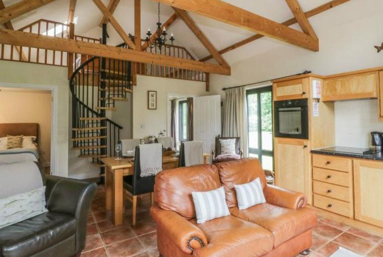 Open plan living area, Fishermans Lodge