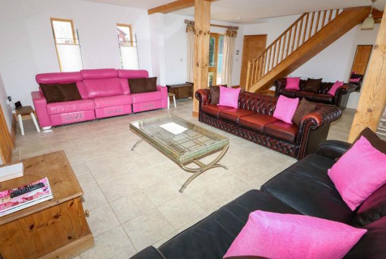 Ample sofas
