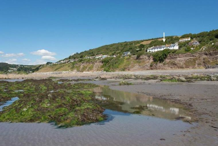 Captains House with sea views near Looe