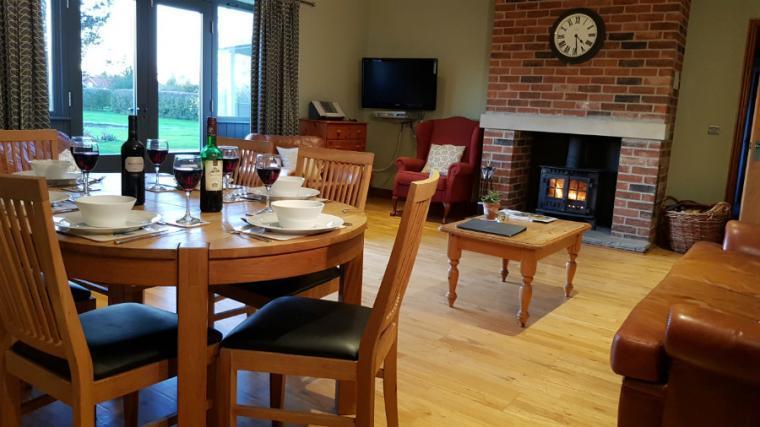 Oak Cottage open plan living area