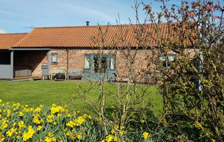 Oak Cottage in the Lincolnshire Fens
