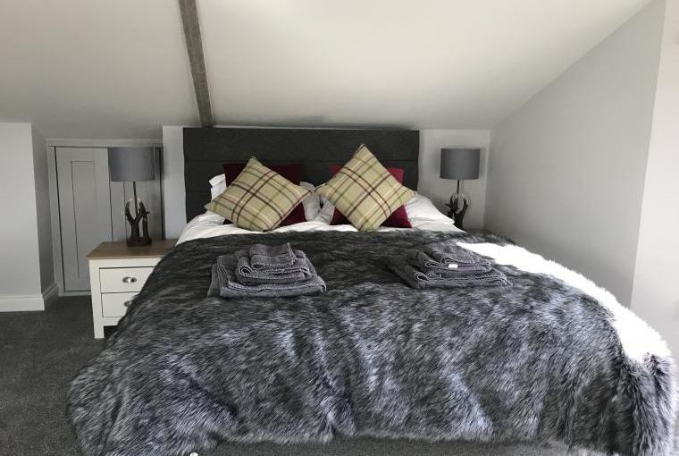 Big Drift King size bedroom number 1