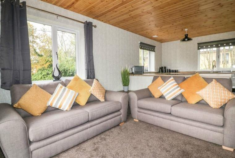 Open plan living area, Lodge Two