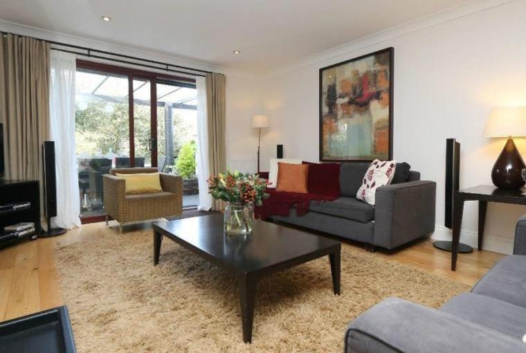 Stylish lounge, Jasmine Cottage near Padstow