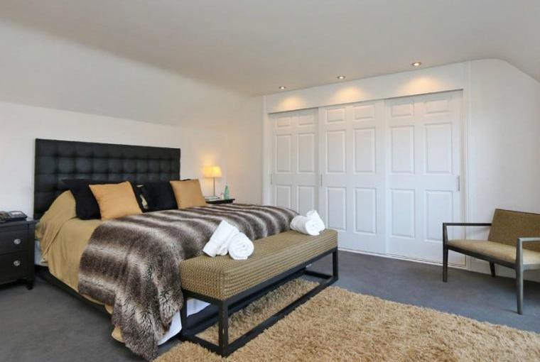 Romantic bedroom, Jasmine Cottage near Padstow
