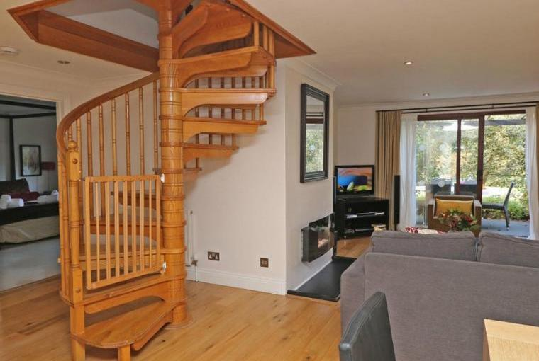 Open plan living area, Jasmine Cottage near Padstow