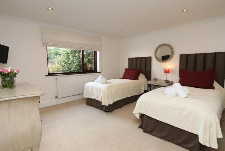 Twin bedroom, Jasmine Cottage near Padstow