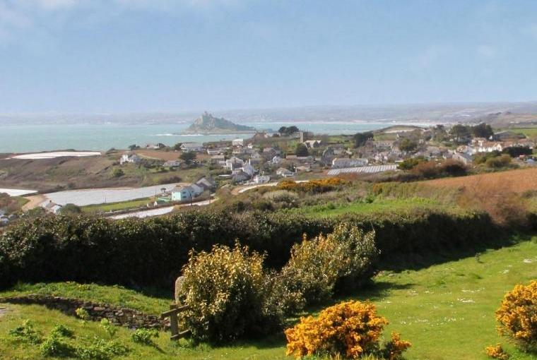 Discover beautiful Cornwall on holiday