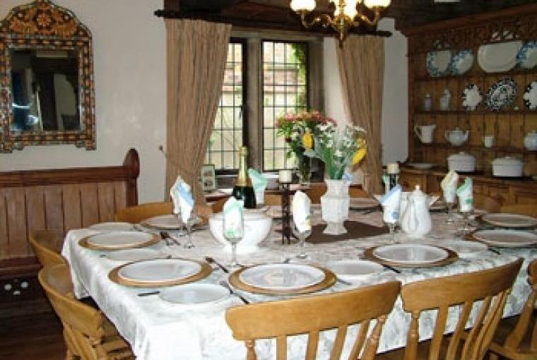 Self catering large family cottage with catering available