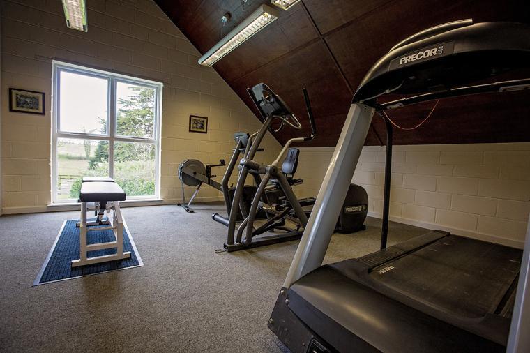 Gym / fitness room