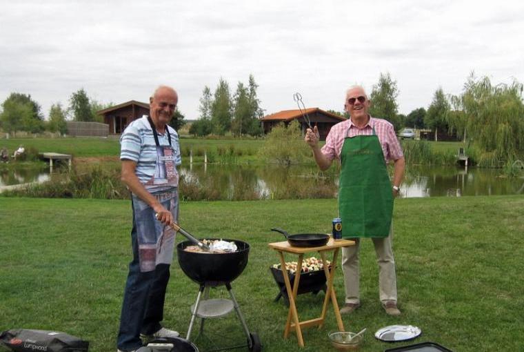 pine lodges with BBQ Market Rasen