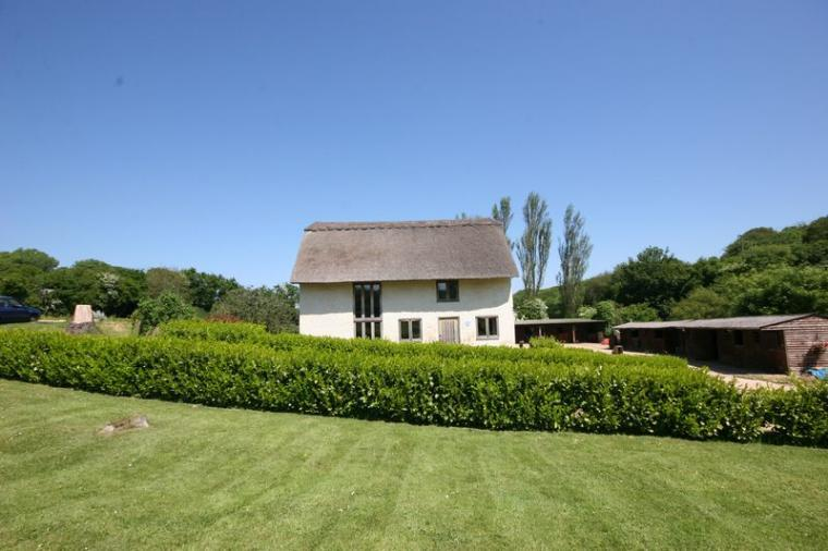 Award winning thatched cottage