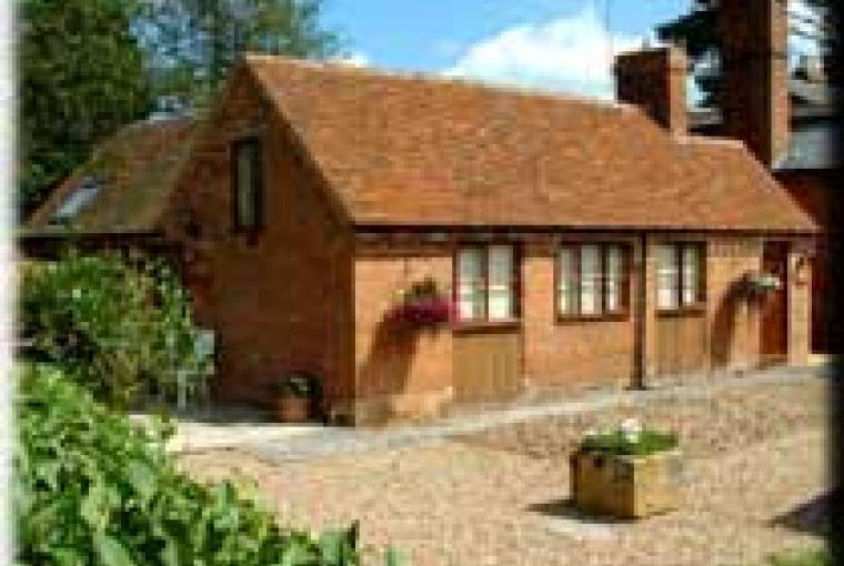 High quality self-catering cottages near Stratford upon Avon Warwickshire