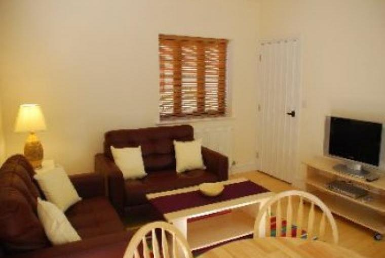 Holiday cottage in Norfolk, Comfortably furnished lounge
