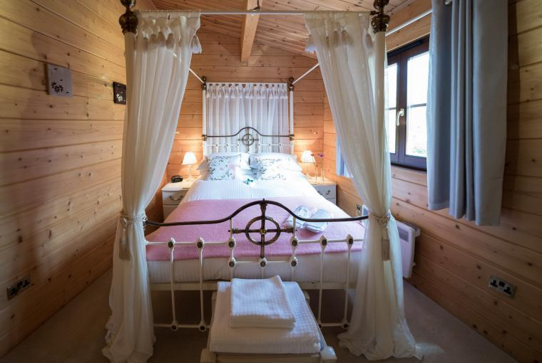 Master bedroom - four poster bed
