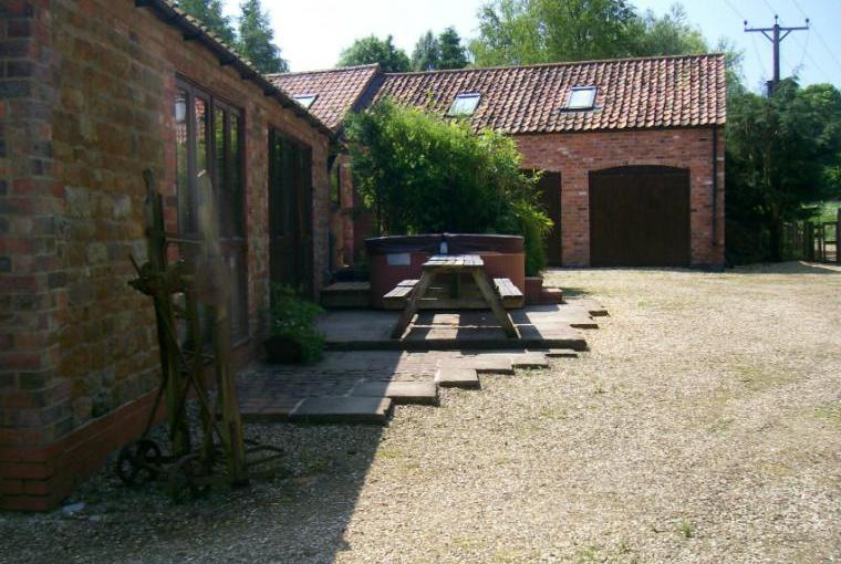 Mill House Holiday Cottages, Lincolnshire, Photo 5