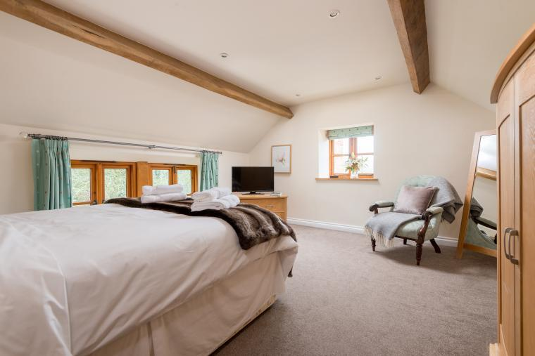 Sleeps 7+1, Cosy, Beautiful 5* Gold, Cottage in amazing rural location with Free WiFi, shared Games room , Herefordshire, Photo 9