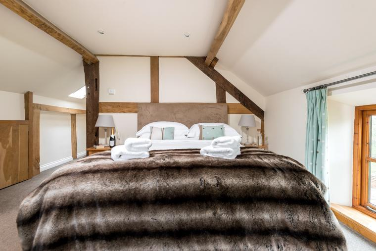 Sleeps 7+1, Cosy, Beautiful 5* Gold, Cottage in amazing rural location with Free WiFi, shared Games room , Herefordshire, Photo 13