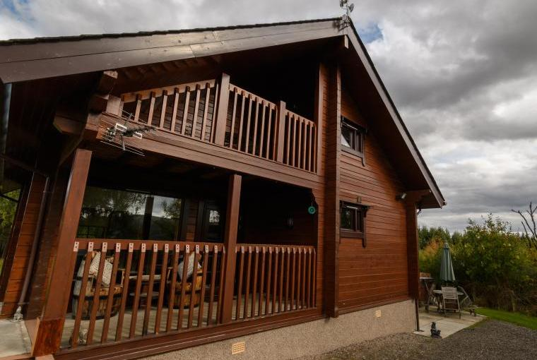Red Squirrel Log Cabin, Morayshire, Photo 1