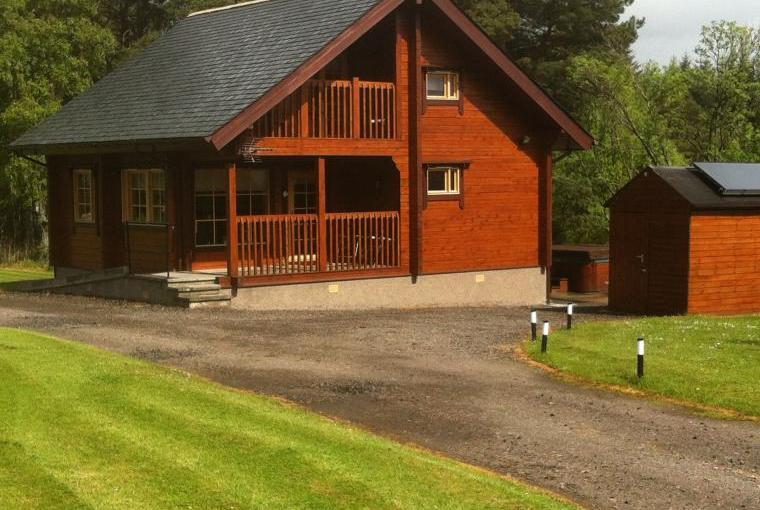 Red Squirrel Log Cabin, Morayshire, Photo 9