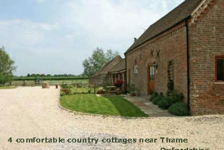 Old Stable and 3 more cottages, Oxfordshire, Photo 1