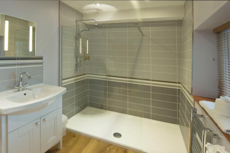 Appleloft Bathroom