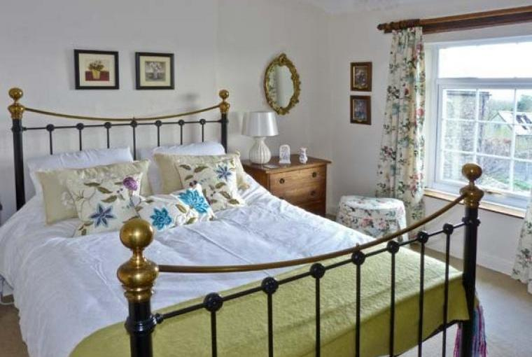 Romantic bedroom at Bridleways Country Cottage
