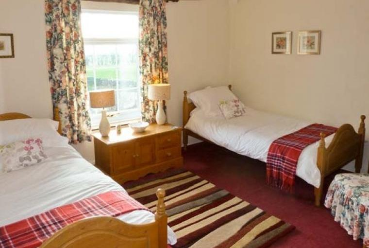 Twin bedroom Bridleways Country Cottage