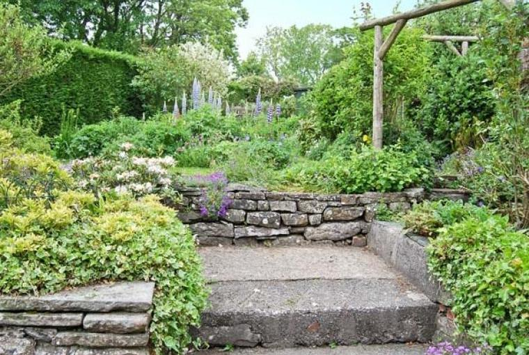 Garden at Bridleways Country Cottage