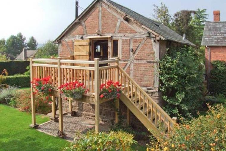 Cider Mill Country Cottage, sleeps 2 near Leominster