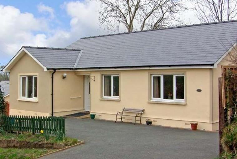 Family-Friendly Holiday Bungalow near Narberth