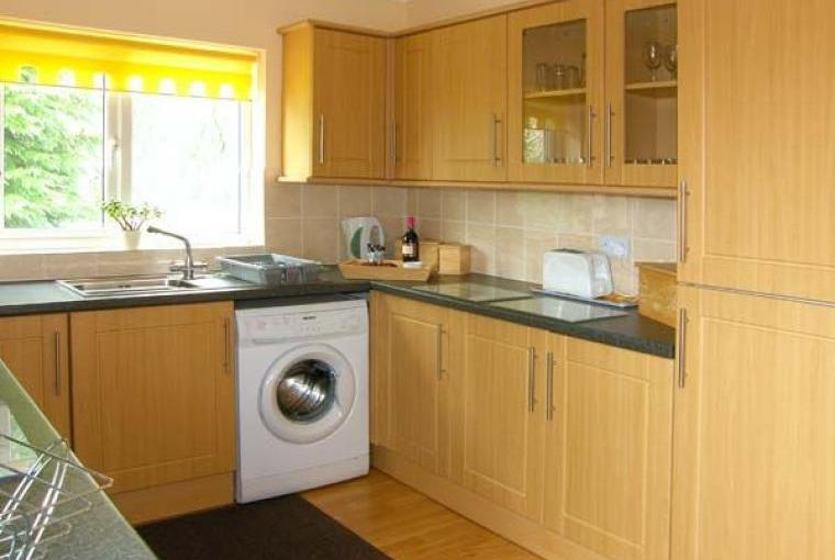 Kitchen, Family-Friendly Holiday Bungalow near Narberth