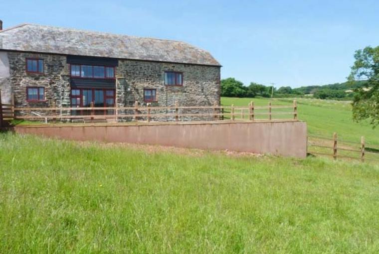 Lake View Barn sleeps 5, Devon