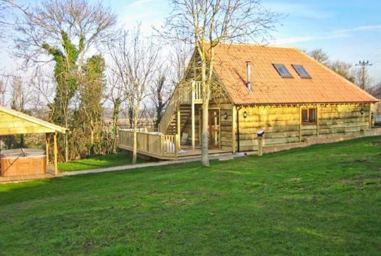 Hazel Wooden Lodge near Exmoor, Cheshire, Photo 1
