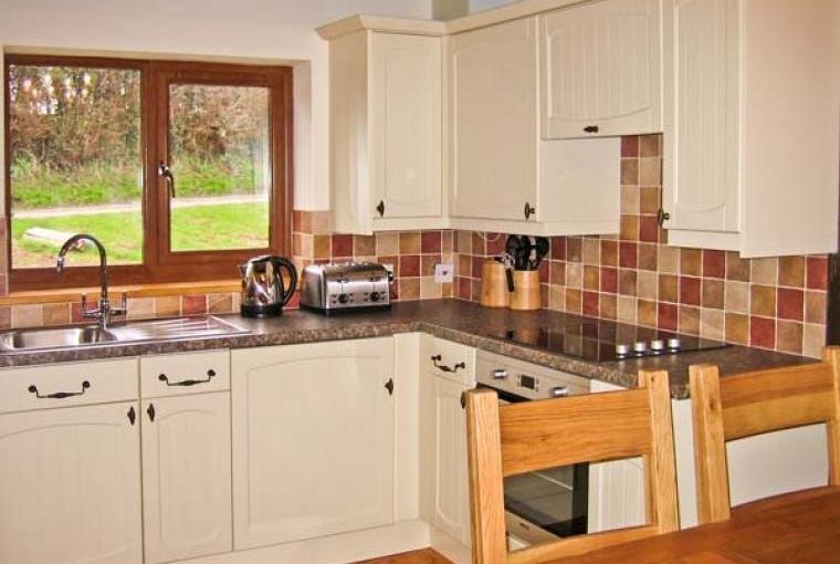 Hazel Wooden Lodge near Exmoor, Cheshire, Photo 5
