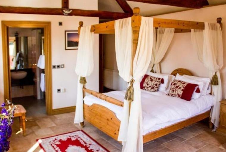 Romantic four-poster bedroom