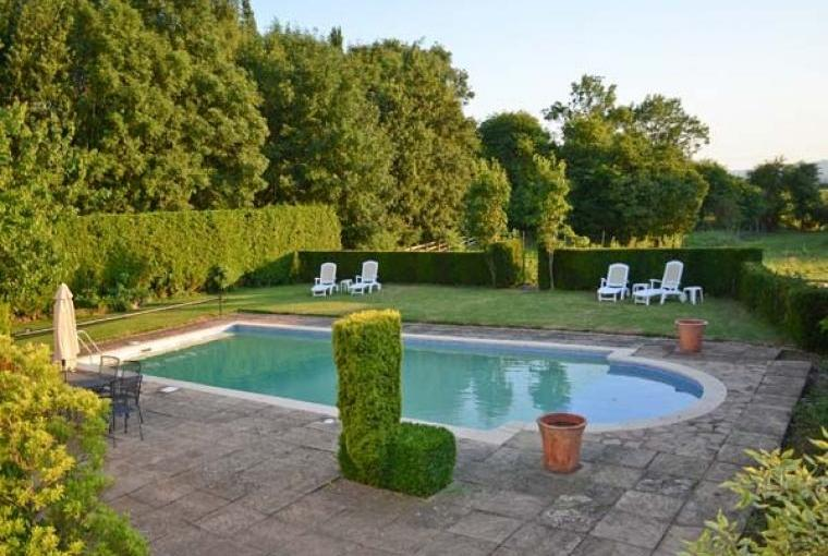 Norton Grange Country House with Pool, Worcestershire