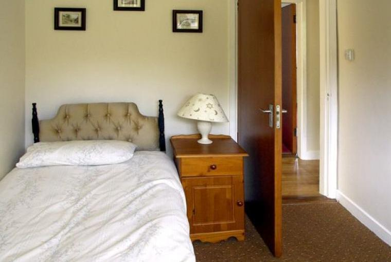 Ring of Kerry Holiday Bungalow, 1 Dog Welcome, Cheshire, Photo 6