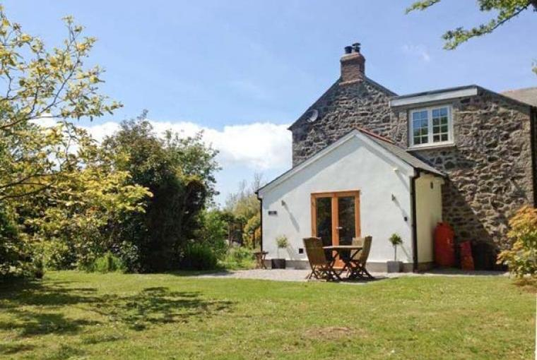 The Dairy Country Cottage near Coverack