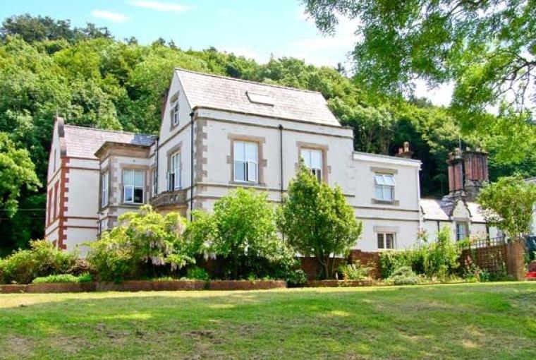 Tan Y Graig Country House Sleeps 16