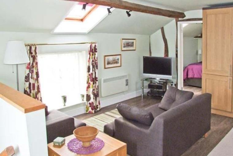 Hayloft Romantic Retreat, Cheshire, Photo 4