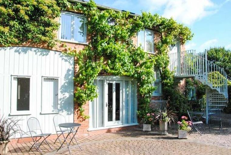 Hayloft Romantic Retreat, Cheshire, Photo 8
