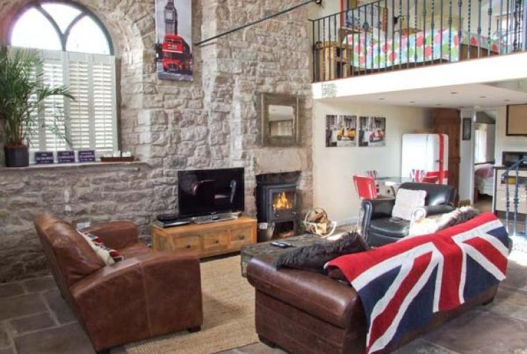 Lounge, Old Wye Valley Chapel, Monmouthshire, Wales
