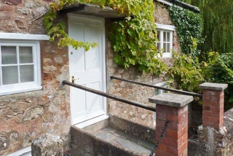 Dragon Country House Sleeps 22 Somerset