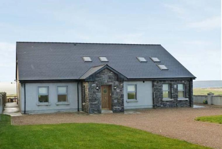Tranquil Hill Seaview Cottage, County Mayo