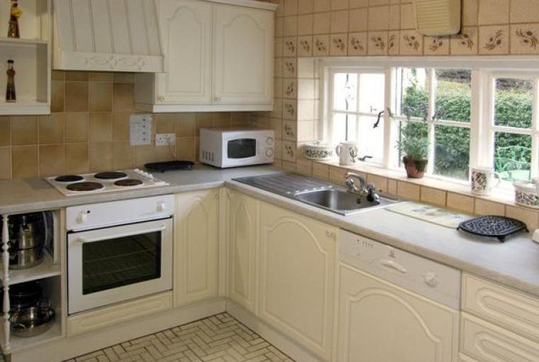 Kitchen, Llyn Peninsula Character Cottage, Gwynedd
